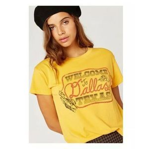 Daydreamers Welcome To Dallas Yellow Tour T-Shirt